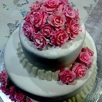 The English Rose Wedding Cake