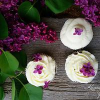 Spring cupcake