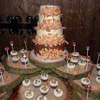 Autumn Themed Wedding Cakes