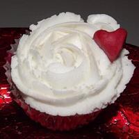 Vanilla cupcake with Valentine Heart