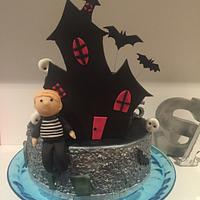 Haunted house cake