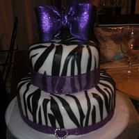 Diva cake zebra stripes