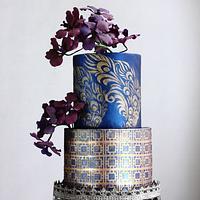 EMBOSSED MODERN WEDDING CAKE