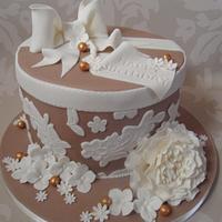 Lace Hatbox Cake.