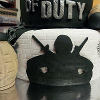 Call of Duty Birthday Cake by prettysweettreats