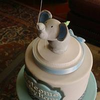 Simple Little Elephant Cake