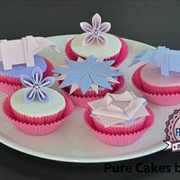 My winning Origami Cupcakes on Cake Central!
