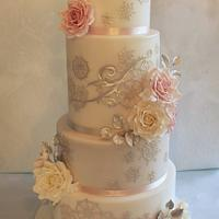 Roses and snowflakes cake
