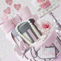 Pink Sweet Sixteen birthday cake