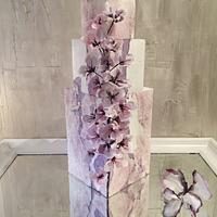 Lilac Cascade, Painted wafer paper flowers di Lucia Simeone ⓓⓛ