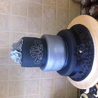 Black and silver bling.. 1st attempt at a 3 tier.