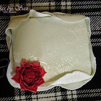Marilyn Monroe Ruffles Cake by CakesbySasi