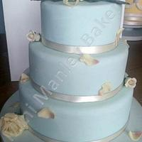 Simple Roses Wedding Cake