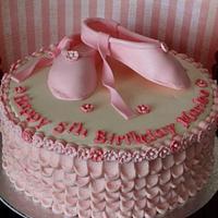 Ballerina cake by Fairycakesbakes