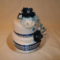 Wedding cake with flowers made by SmartFlex Velvet.