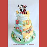 Mickey & Minnie 2in1Barn Cake