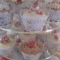 Vintage Wedding Cupcakes by Sugar Sweet Cakes