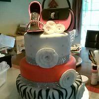 Diva Shopping Cake