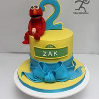 Elmo Cake with edible modelling chocolate Elmo