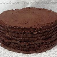 Chocolate Buttercream ruffle cake