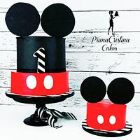 Ultra Mod Mickey Mouse Cake