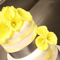 Cala Lily Wedding Cake by Chaitra Makam