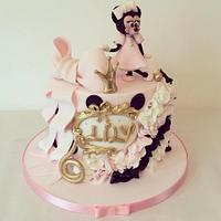 Minnie Mouse in pink, black and gold