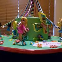 Polly Pocket Maypole cake