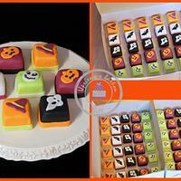 Halloween minicakes