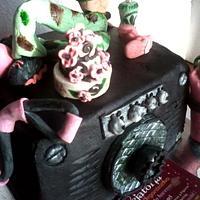 kARINA'S CAKE by Maythé Del Angel