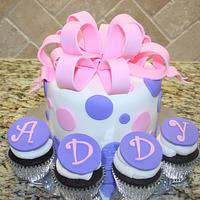 Polka dots & big bow cake
