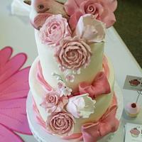 pink birdie cake