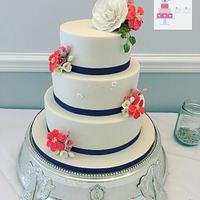 simple stencilled ivory with sugar flowers
