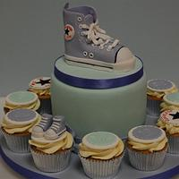 Converse High top with matching cupcakes