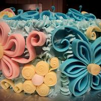Quilling, Petals and Flowers by The Cakery