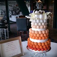 Detroit Tigers Ombre Cake Bite Wedding Cake