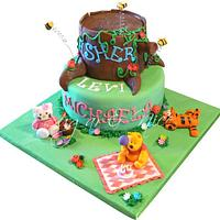 Winnie the Pooh & Friends (Tigger & Hello Kitty) Cake