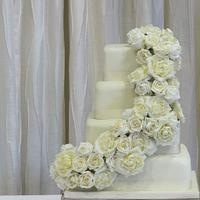 vickys ivory wedding cake