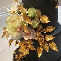 Stronge love wedding cake