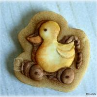 Vintage pull-along ducky cookie