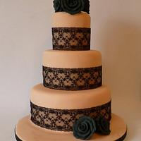 Gothic vintage cake
