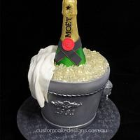 Moet Champagne in Ice Cake