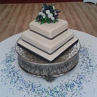 Flower of scotland wedding cake