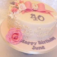 Lace & flower cake