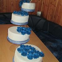 Blue White Wedding Cake Cake By Mary Yogeswaran Cakesdecor