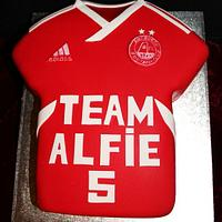Aberdeen Football Shirt Cake by Stef and Carla (Simple Wish Cakes)