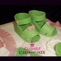 Baby Shower Cake by SUGARScakecupcakes