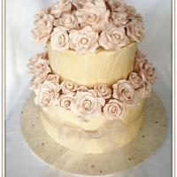 Wedding Cake with 50 Roses