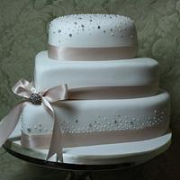 Champagne Cake by Floriana Reynolds