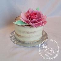 Peony seminaked cake